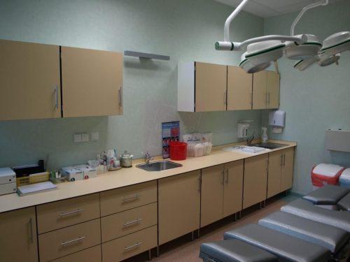 Meble medyczne zmywalne i wodoodporne