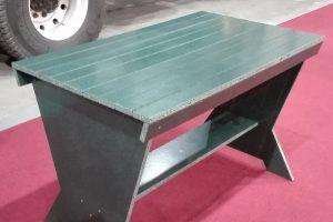 Stół z ekopłyty